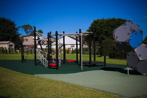 Pittwater House Playground.jpg