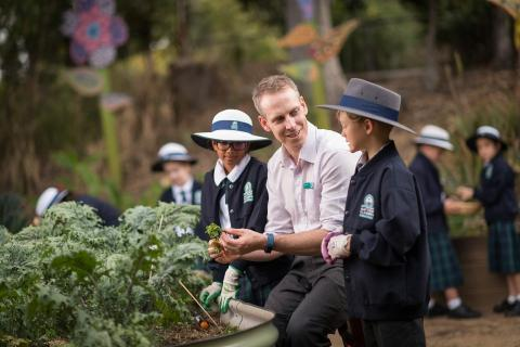 Flinders' Edible Garden Club for Primary Students