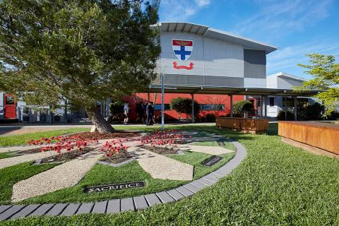 BERWICK_CAMPUS_ANZAC_HALL copy.jpg